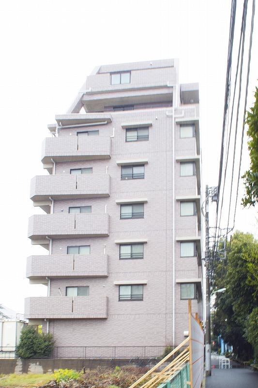 最上階三方角部屋、南面ワイドスパン