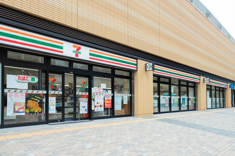 セブンイレブンパークタワー新川崎店 徒歩約3分