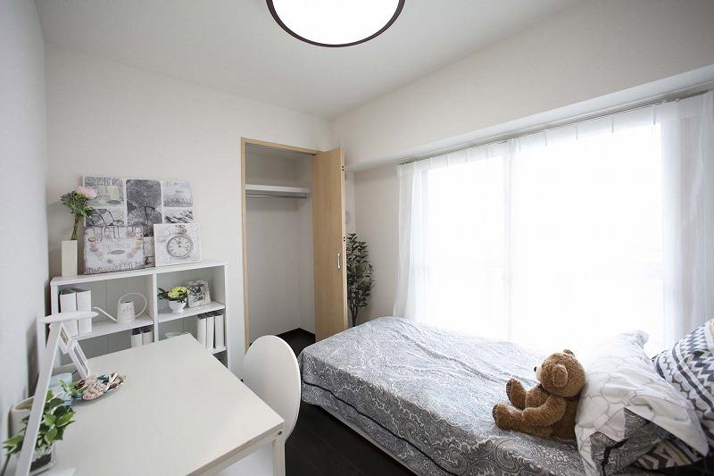 子供室、陽あたり・眺望良好