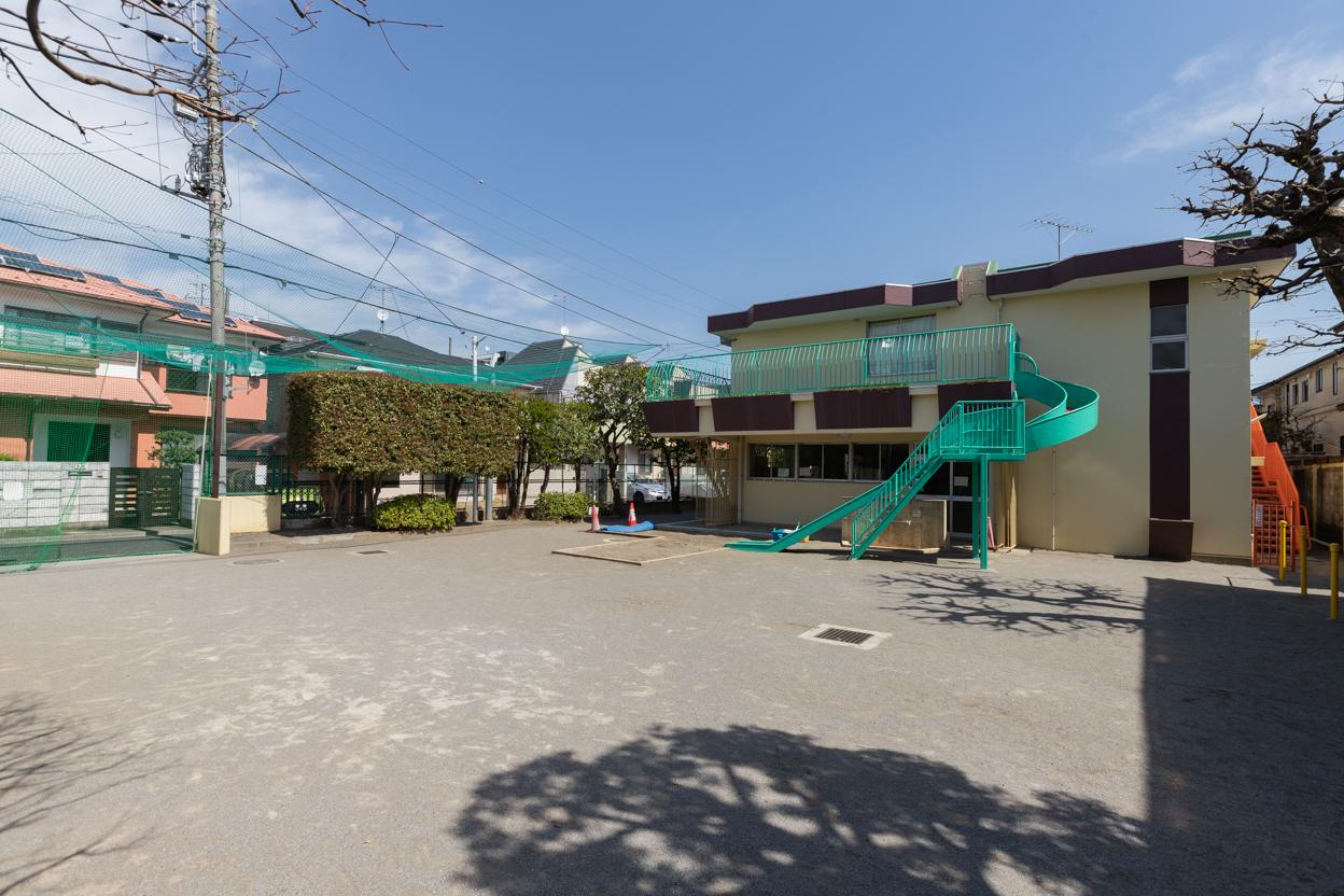 鷺宮児童遊園 徒歩約3分(約240m)