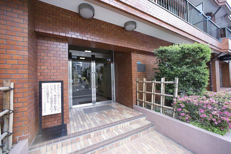 目黒駅徒歩5分の立地!