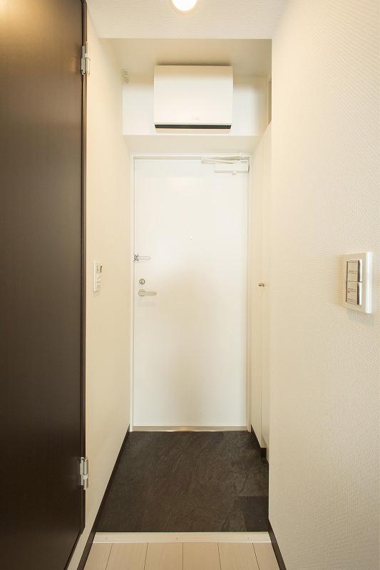 散らかりがちな玄関もスッキリの玄関収納付(201号室)