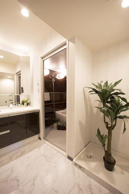 シャワー付洗面台で快適な暮らし
