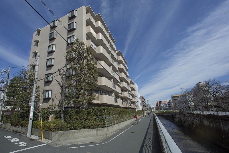 駅近、日当たり、眺望良好な3LDKマンション