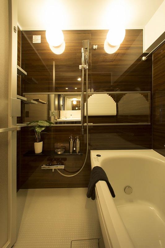 追い焚き機能付、浴室乾燥器付