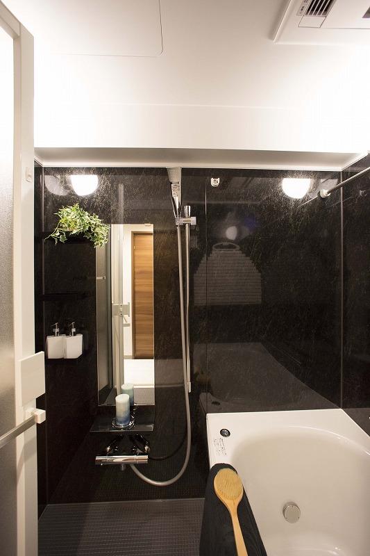 バスタイムを楽しめる広々浴室