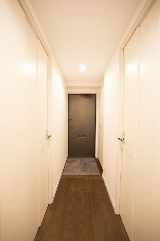 玄関には大容量シューズボックス付