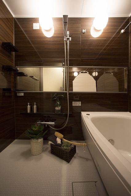 浴室乾燥機付でいつも快適なバスタイム