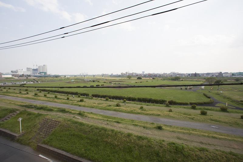 開放感のある多摩川を見渡す眺望
