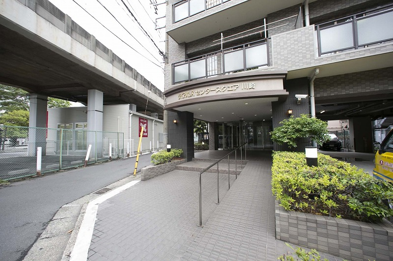 人気の川崎駅より徒歩7分の最上階住戸!