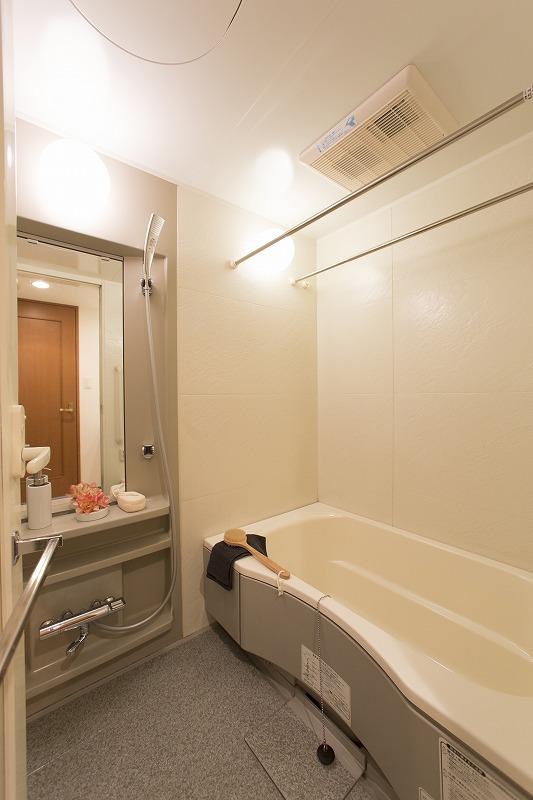 雨の日のお洗濯にも大活躍な浴室乾燥機付き
